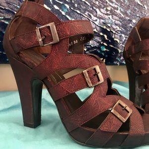 Donald J. Pliner Shoes - *BRAND NEW* Donald J. Pliner Metallic Heels - Red